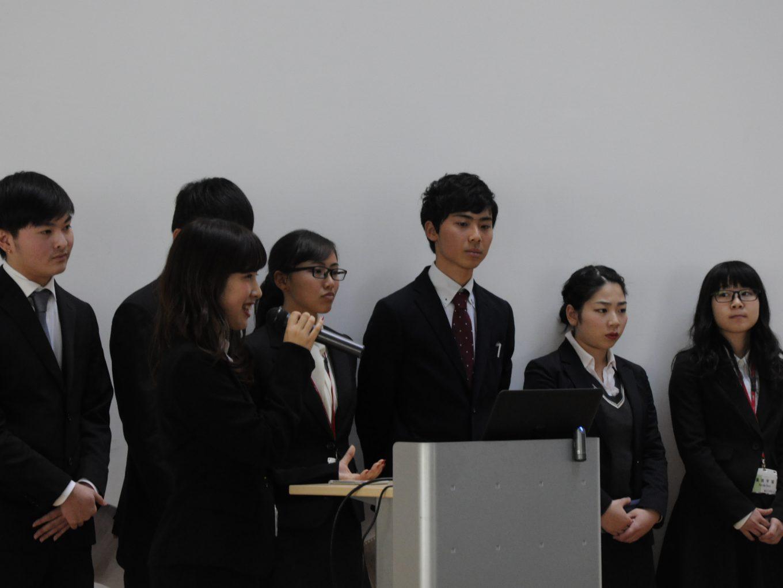 基礎リテラシー最終プレゼンテーション大会が行われました。